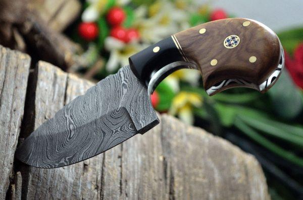 Custom handmade steel pocket knife