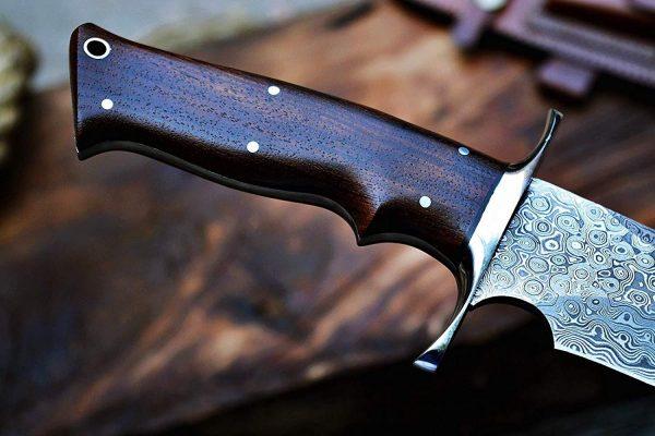 handmade steel bowie knife