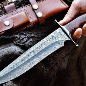 Custom steel bowie knife